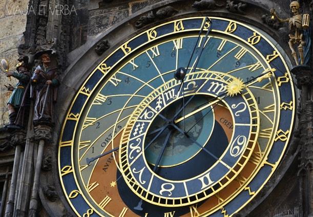 Cuadrante astronómico del Reloj astronómico de Praga. Por Viaja et verba