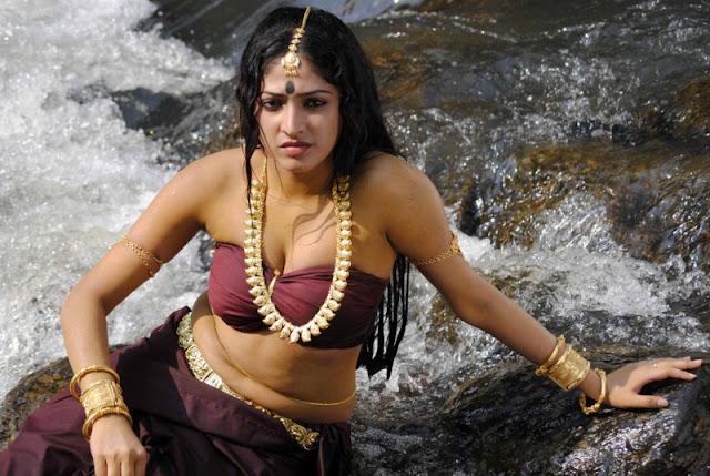 Actress Haripriya New Photos