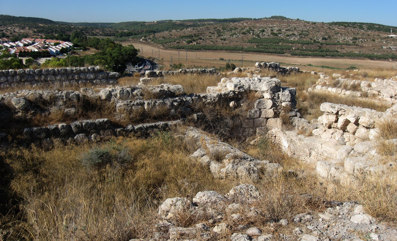 Stone Of Abel Beth Shemesh: 3,000 Year Old Temple Unearthed In Israel