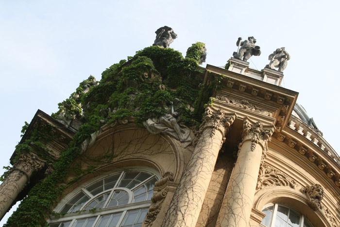 castillo budapest felicidad