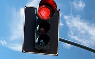 Kırmızı Işıkta Geçmenin Cezası