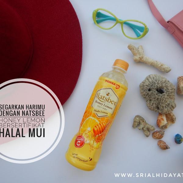 Segarkan Harimu dengan Natsbee Honey Lemon, Bersertifikat Halal MUI