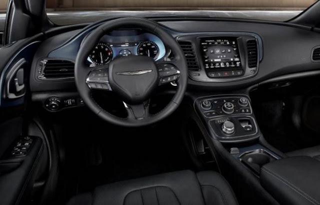 2018 Chrysler 200 Interior