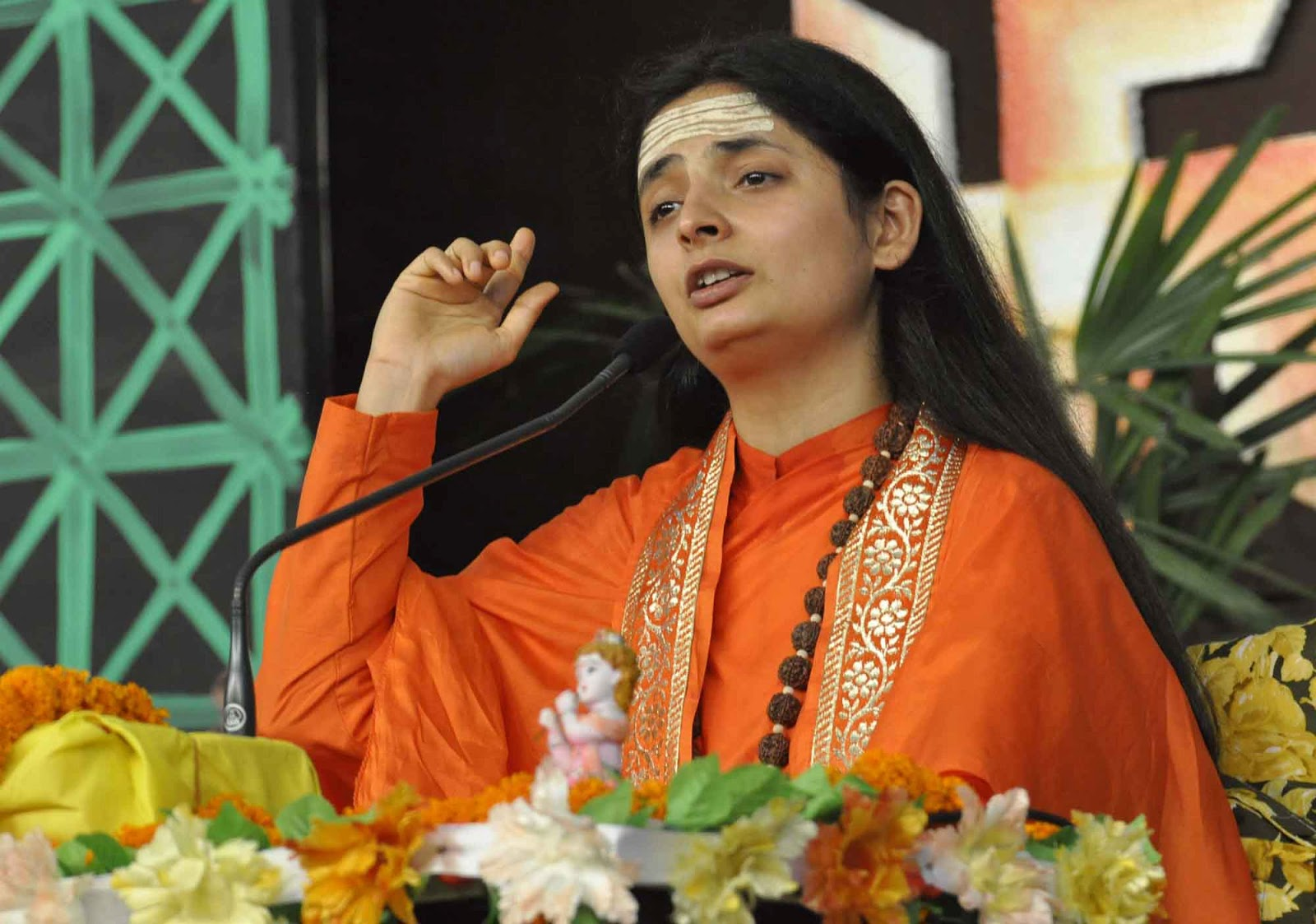 Best Latest Original Sadhvi Aastha Bharti Ji HD Images for free download