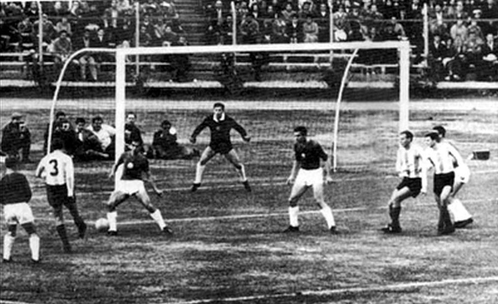 Resultado de imagen para Argentina vs Bulgaria grupo d Copa Mundial 1962