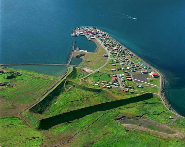 El muro de protección contra avalanchas de Flateyri | Islandia