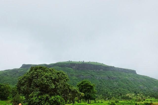 Tringalwadi Fort with Trek Mates India