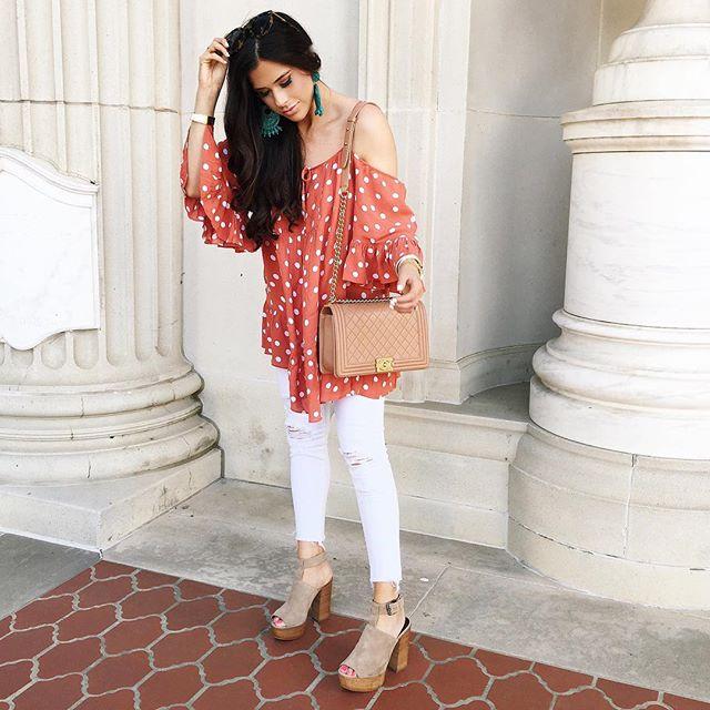 tularosa dress, white j brand jeans, chanel boy bag, emily gemma blog, dallas fashion blog