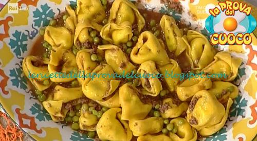 Tortelloni con ragù di piselli ricetta Spisni da Prova del Cuoco