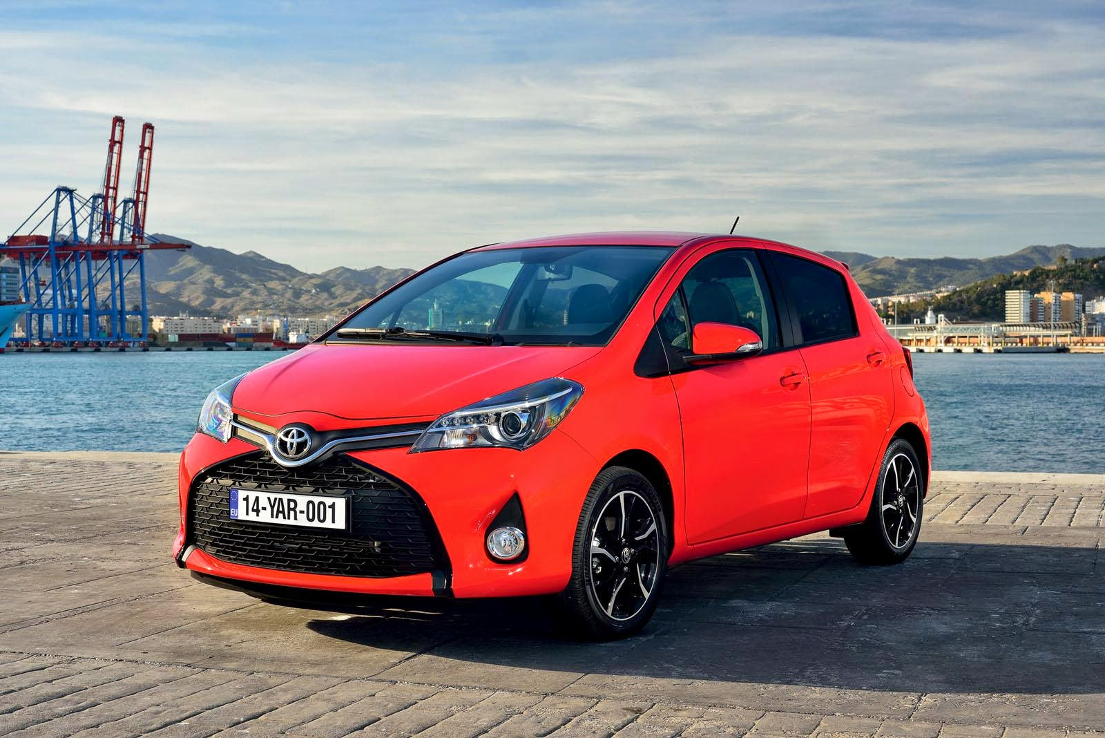 [Resim: Toyota+Yaris+1.jpg]