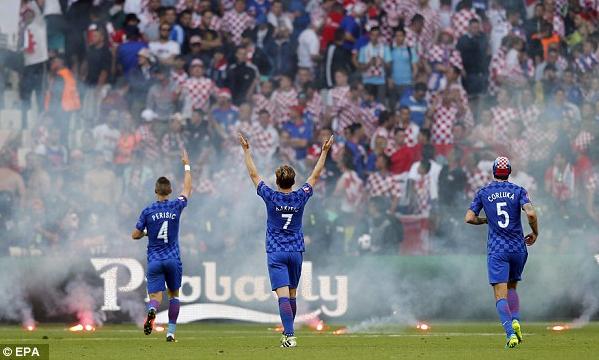 Kerusuhan pendukung kroasia