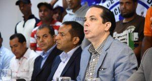 Sindicatos choferes anuncian fin litis por pasajeros Zonas Francas