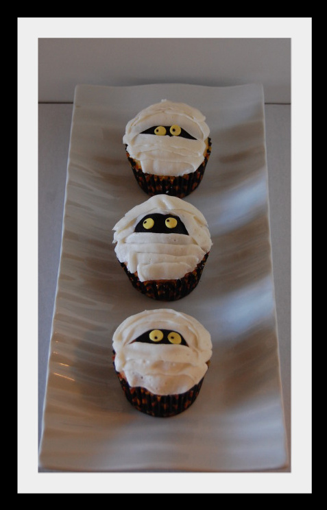 Made House Cupcakes Haunted