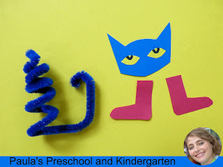 Are you rocking? Pete the cat finger puppet craft from Paula's Preschool and Kindergarten