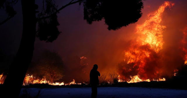 Greece Wildfires: 'At Least 50' Killed Near Athens As Residents And Tourists Forced To Flee Into The Sea