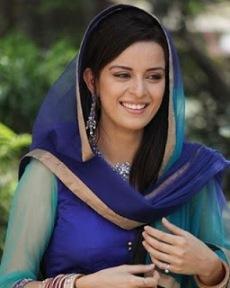 Biodata Ekta Kaul Pemeran Riya Anupam Mathur