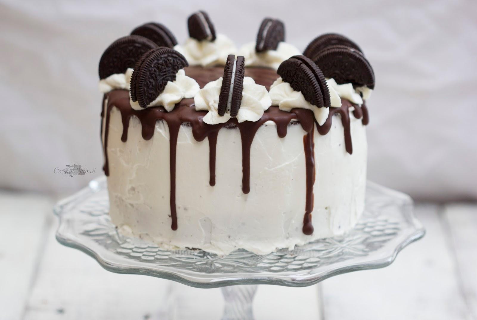 Recette d'un délicieux Layer cakes aux Oréo au glaçage coulant et à la crème mascarpone ! De quoi se régaler !