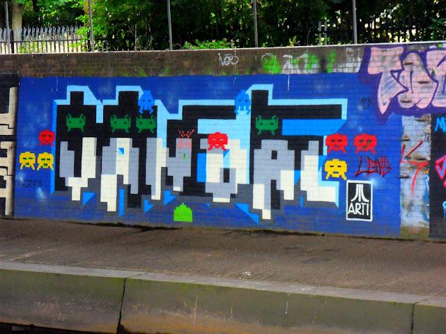 Atari Vandal Graffiti