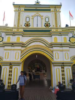 Gapura Masjid Agung, Sumenep, Madura