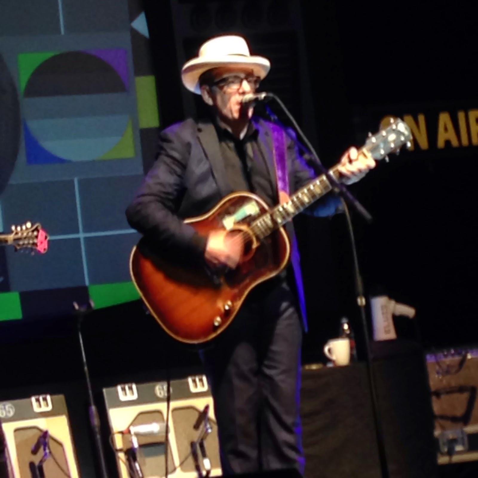 Elvis Costello, Detour, Solo, Hat