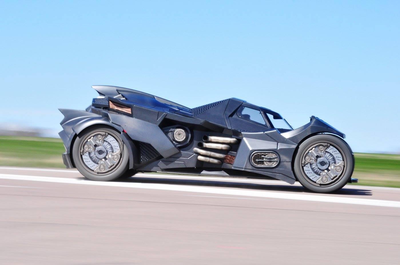 Team Galag Batmobile on 05 Gmc Sierra Frame