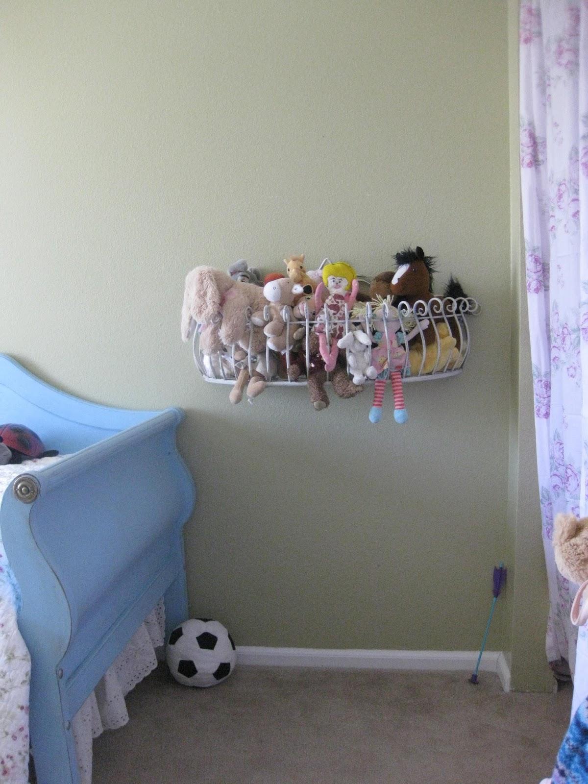 Oma Socks Stuffed Animal Storage