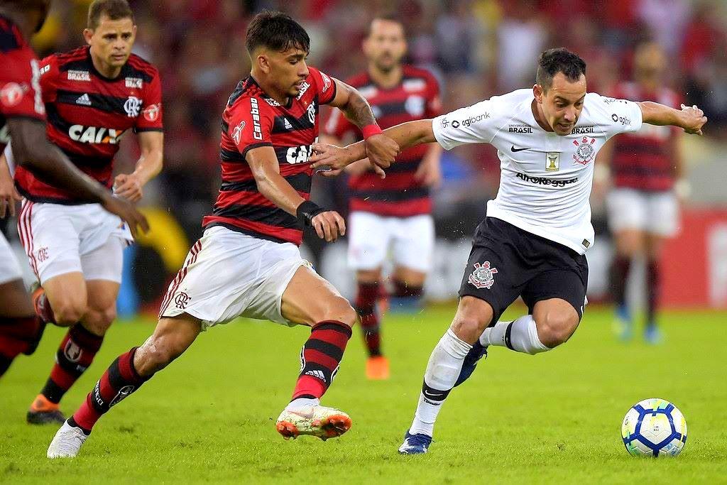 Rodriguinho interessa ao Flamengo - Foto  Alexandre Loureiro Getty Images c6842d65843ab