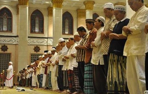 Keutamaan Mendapat Takbiratul Ihram Imam