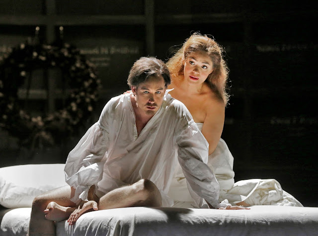 Stephen Costello & Ailyn Pérez  in 'Roméo et Juliette' (c) Ken Howard for Santa Fe Opera, 2016