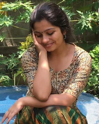 Malayalam Actress Niranjana Anoop HD Photos