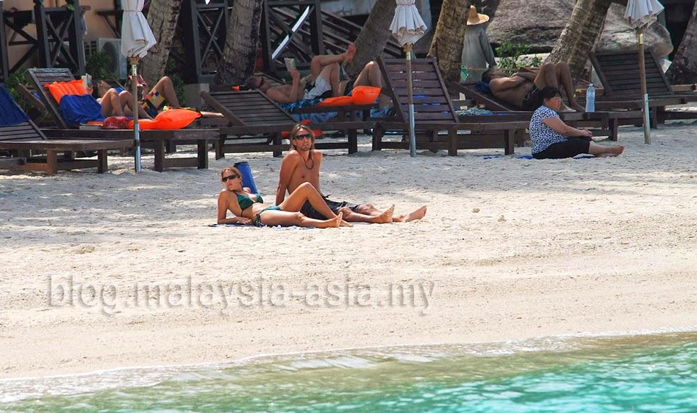 Pulau Perhentian Beach