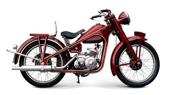Honda Type-D (right)