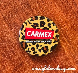 Labbra secche e screpolate? Carmex è la soluzione!