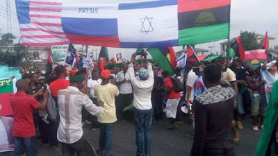 BIAFRA STANDS GALLANT!! MASSIVE CROWD OF IPOB SUPPORTERS TAKE TO THE STREETS IN RIVERS STATES FOR DONALD TRUMP INAUGURATION (PHOTOS)