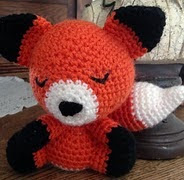 http://www.ravelry.com/patterns/library/amigurumi-fox-5