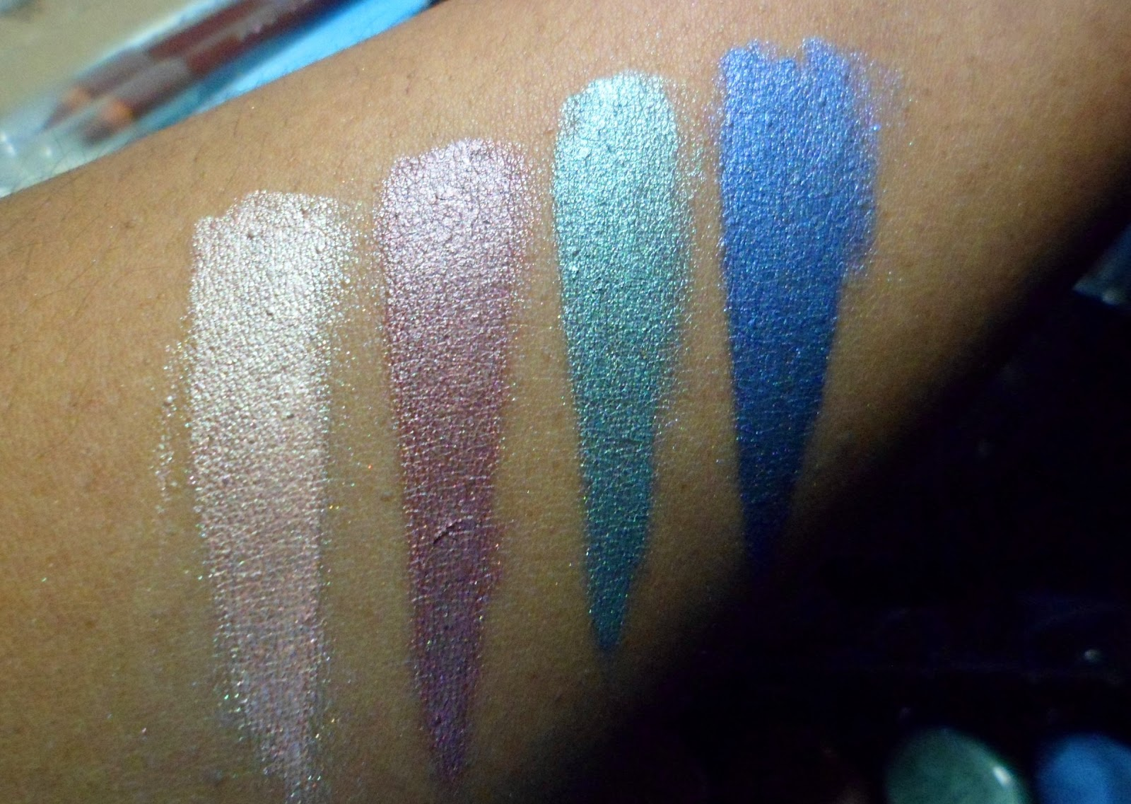 THE MAKE UP JUICE: revlon illuminance collection review and swatches