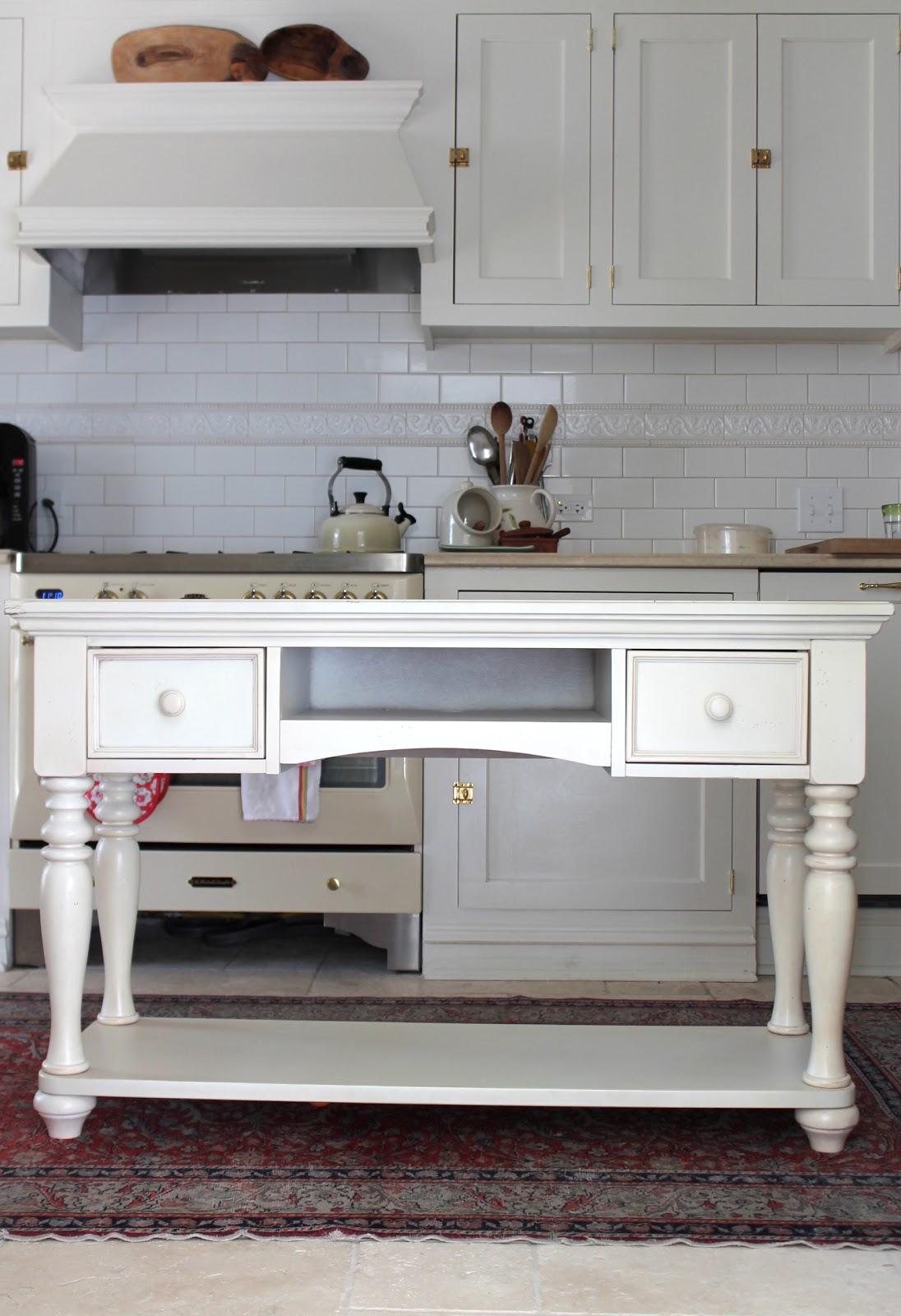 Designing Domesticity: DIY Kitchen Island