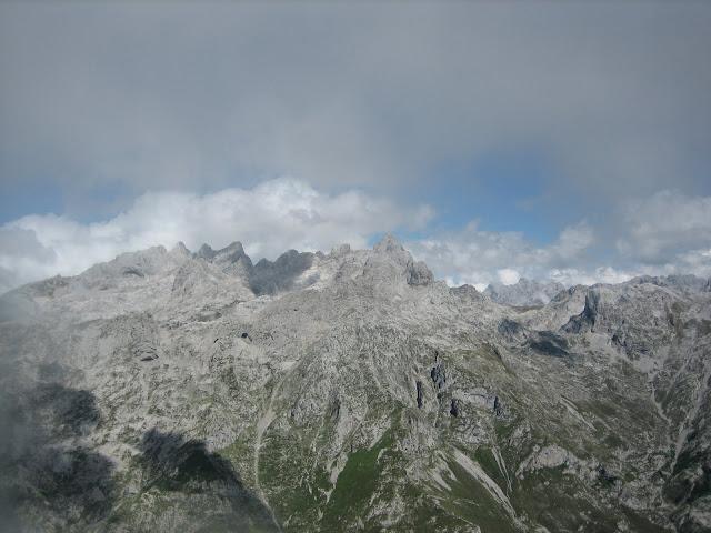 Rutas Montaña Asturias: Vistas del macizo central de Picos de Europa desde Cima del Canto Cabronero