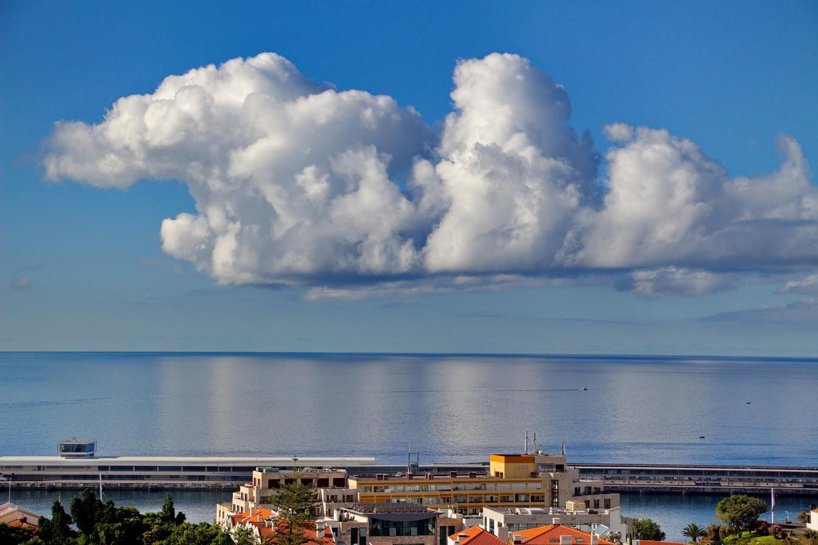 nuvens que sobressaem