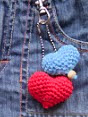 http://translate.google.es/translate?hl=es&sl=en&u=http://www.pepika.com/free-patterns/crochet-heart.html&prev=search