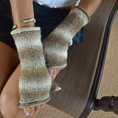 https://www.etsy.com/listing/245137531/knitted-fingerless-gloves-arm-warmers?ref=shop_home_active_9