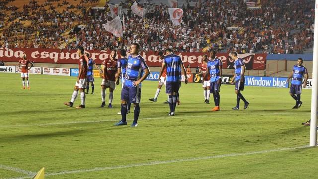 Sem ambição, Vila Nova fica fora da final do Campeonato Goiano