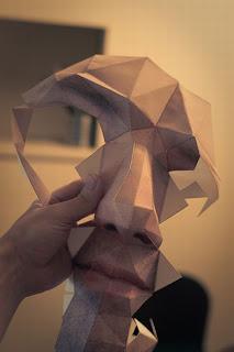 Mascara 3D impresa en papel