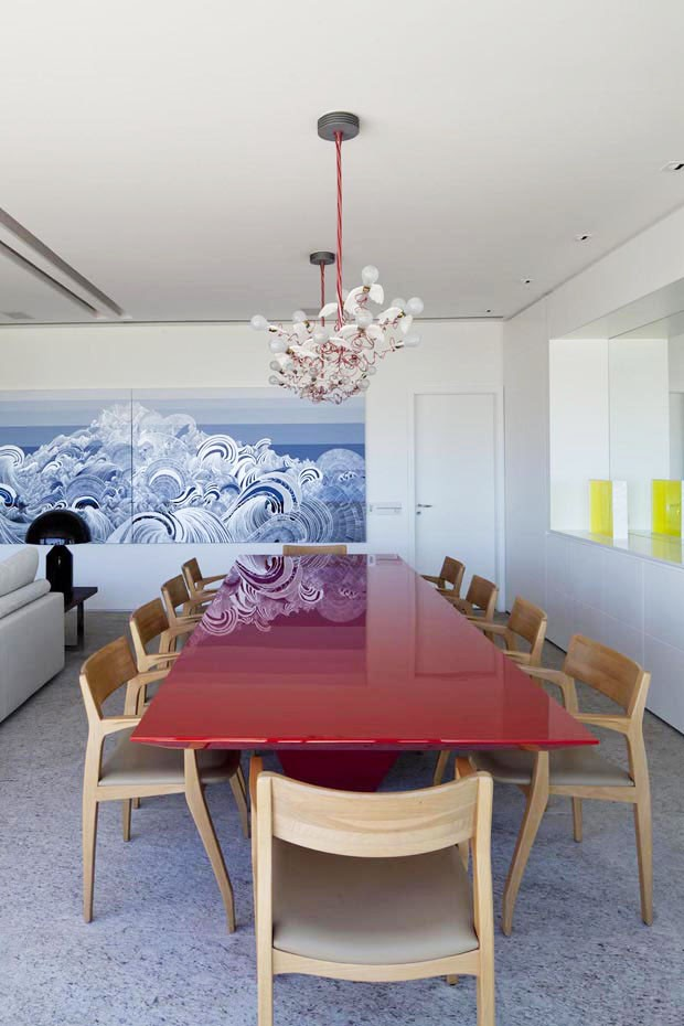 7 Salas de jantar com mesas vermelhas! - Jeito de Casa