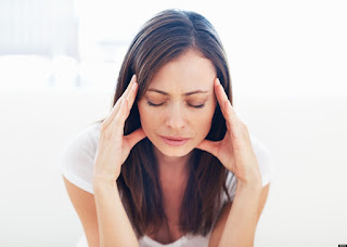 women with migraine | www.thefittestblogger.com