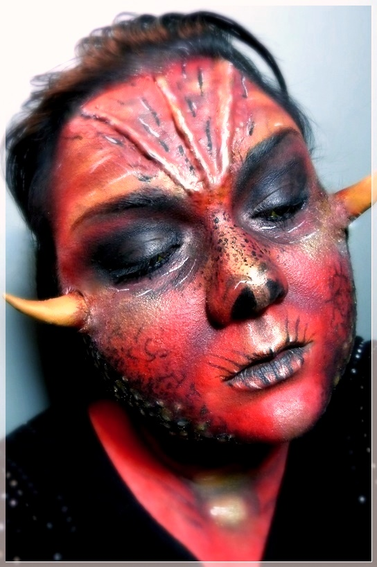 Drachen Dämonen Make up