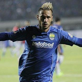 Raphael Maitimo Goal Persib Bandung vs Bali United