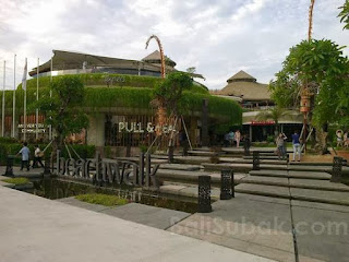 Beachwalk Kuta Bali, the most unique mall in Indonesia