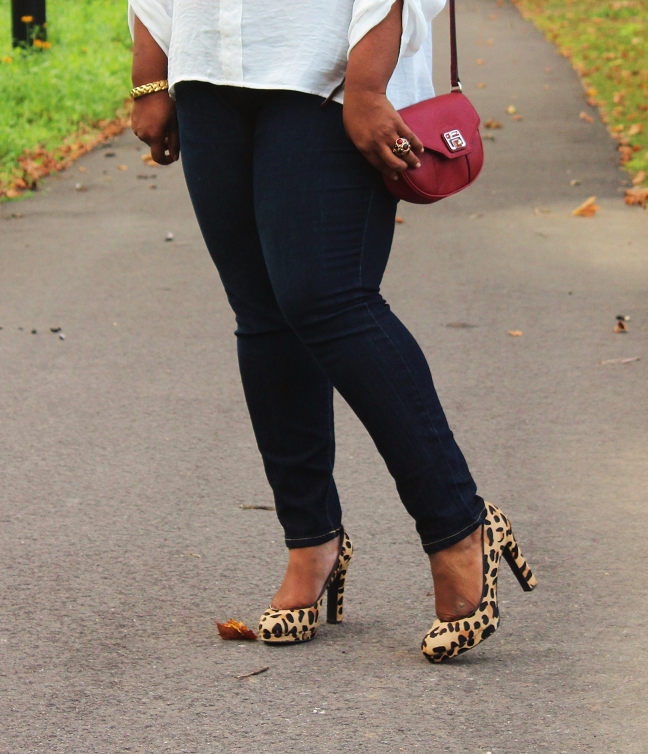 Leopard+Pumps%252C+Red+Purse+outfit Plus Size Blouse With Bow
