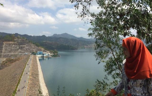 Tempat Wisata Alam Bendungan Wonorejo Tulungagung